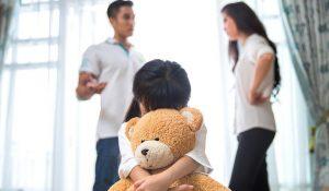 Bàn về việc xét nguyện vọng con khi cha mẹ ly hôn