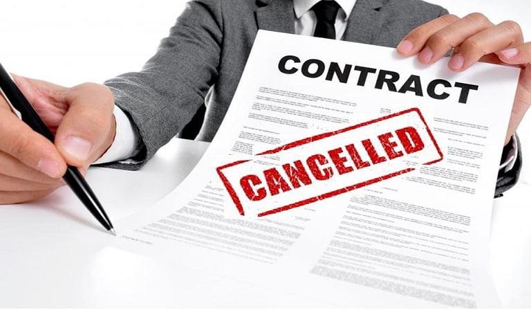 Lỗi và thiệt hại khi đơn phương chấm dứt hợp đồng qua Án Lệ 21