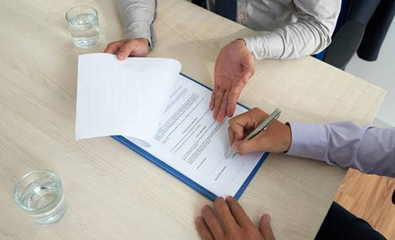 Một số biện pháp pháp lý đối với bên vi phạm hợp đồng